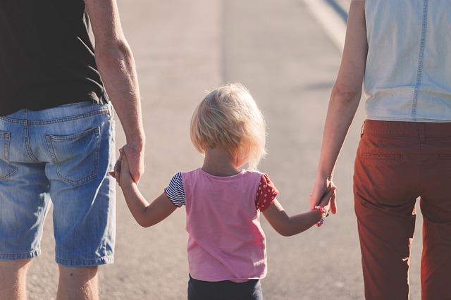rodiče a dcera.jpg