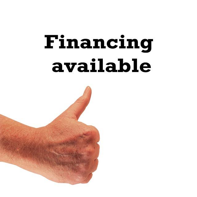dostupné financování, půjčka, palec vzhůru